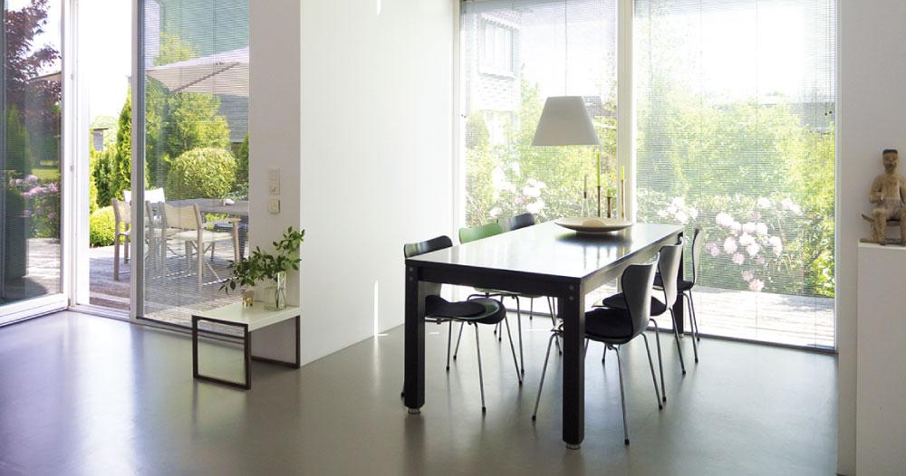 benefits of using concrete for interior flooring